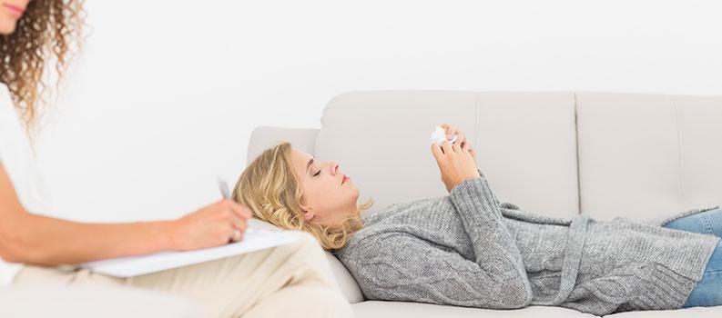 Terapeuta tiene una escucha activa